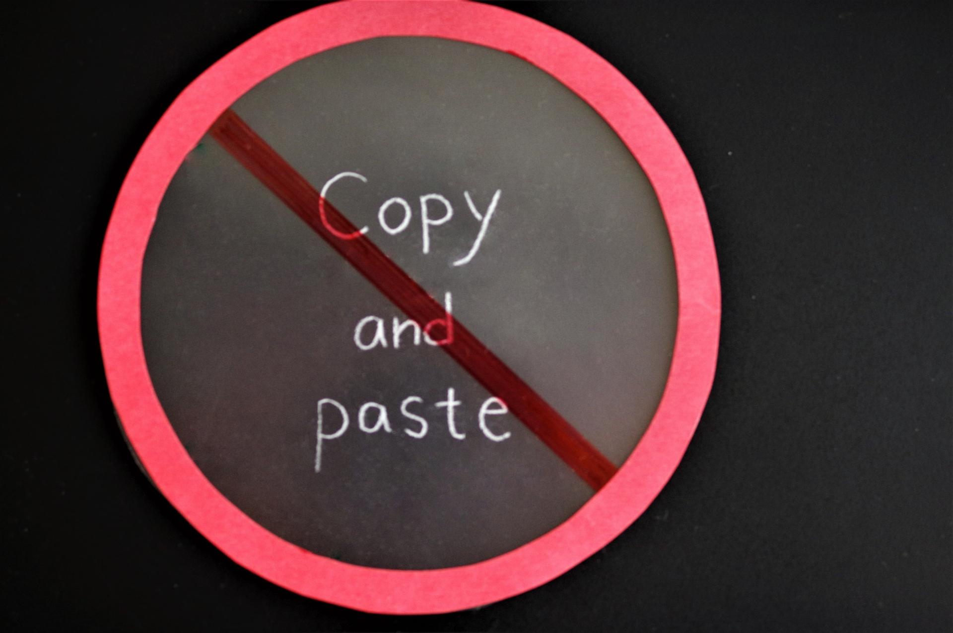 他ブログでまとめられた内容を改めて記事に書くのがパクリにならない理由。